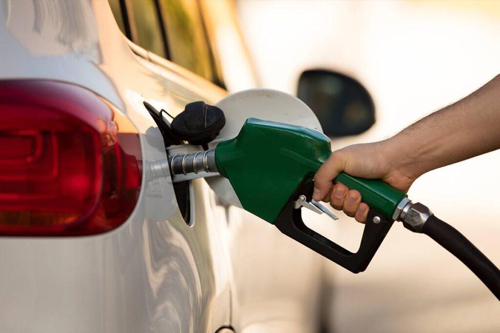 Baja inflación y cae precio de gasolina en noviembre