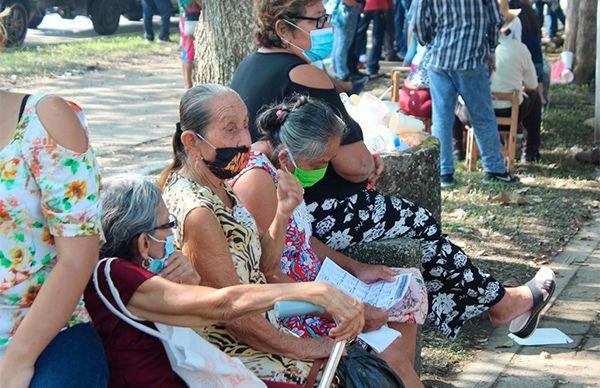 Dos tercios de los damnificados de Tabasco no reciben ayuda