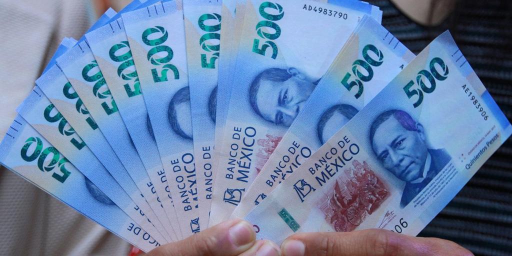 Economía mexicana se contrajo 8.8% durante 2020: Reuters