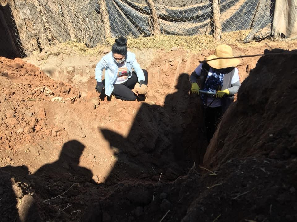 Madres Buscadoras de Sonora encuentran 19 fosas en Guaymas, Sonora