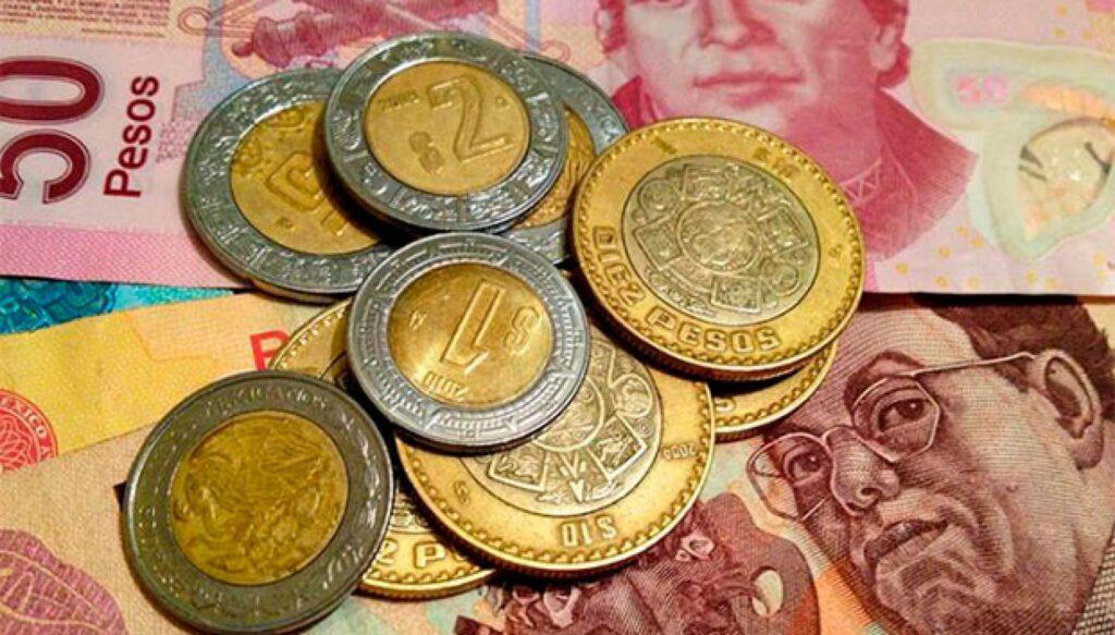 Peso mexicano baja por tercer día consecutivo