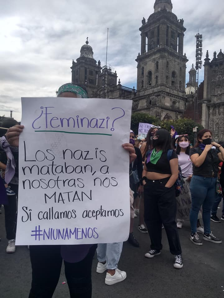Feministas piden a AMLO que mañaneras sean espacio libre de violencia