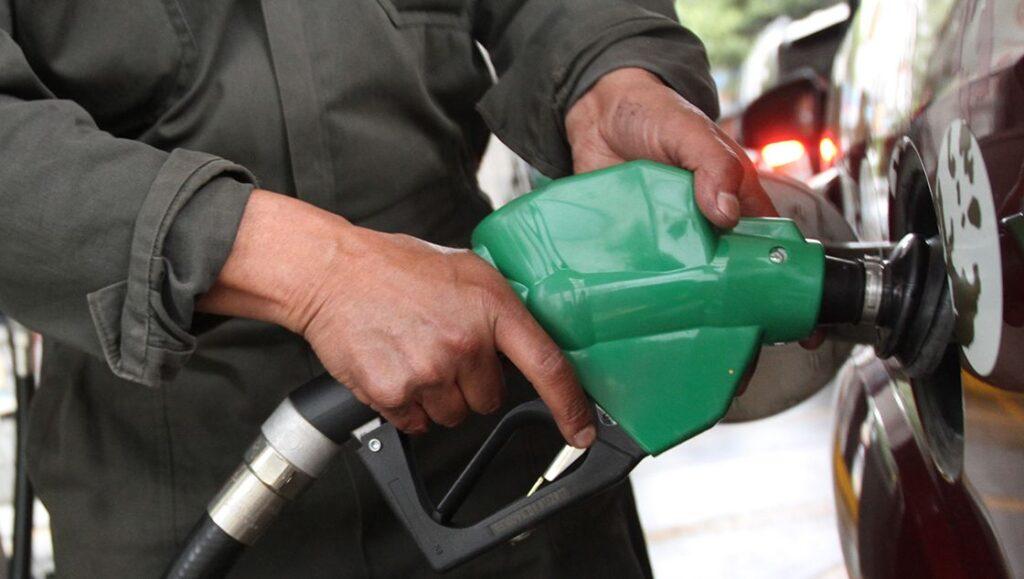 Precio de la gasolina llega a su máximo histórico en febrero