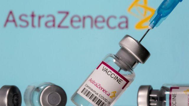 Vacuna AstraZeneca se desempeña mejor de lo esperado