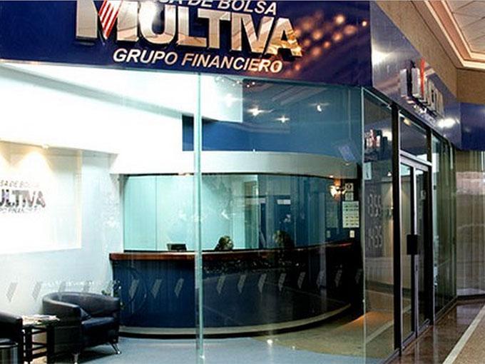 analistas de Multiva consideran pertinente analizar los factores que puedan detener la recuperación económica.