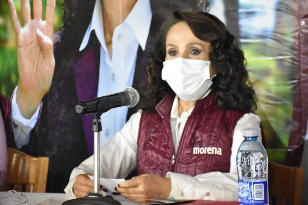 Dolores Padierna Luna portando cubrebocas durante conferencia de prensa