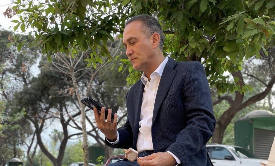 Nuevamente, Fernando Larrazábal es señalado por otro escándalo, ahora inmobiliario.