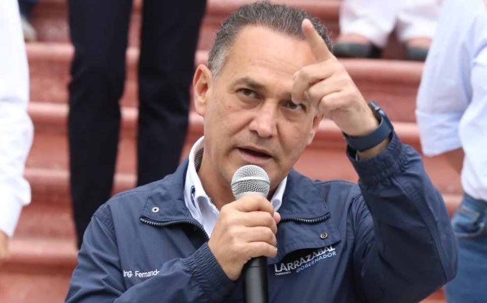 Fernando Larrazábal es asedado por haber tenido una gestión como alcalde de Monterrey, caracterizada por la criminalidad.