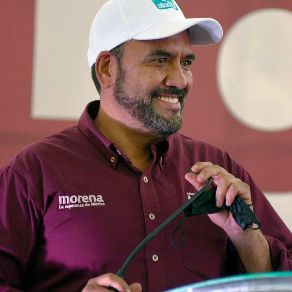 Juan Carlos Loera en campaña