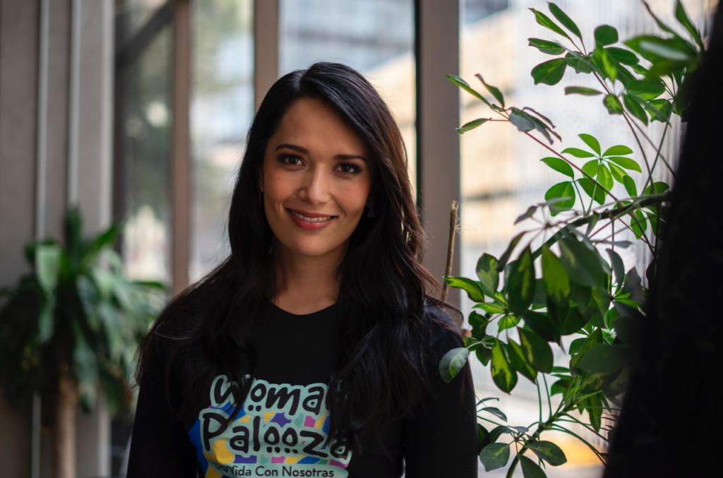 La empresaria y activista Beatriz Gasca condenó la normalización del embarazo infantil.